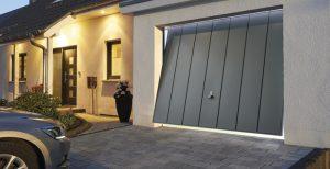 Plokštuminiai garažo vartai